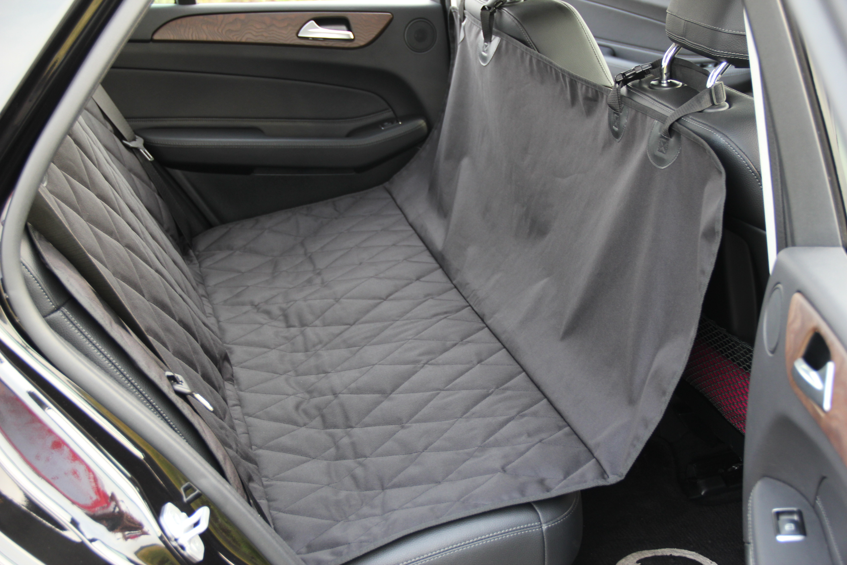 INNX OP902001 Waterproof Quilted Dog Seat Cover With Non Slip Backing Covertible Hammock Bench